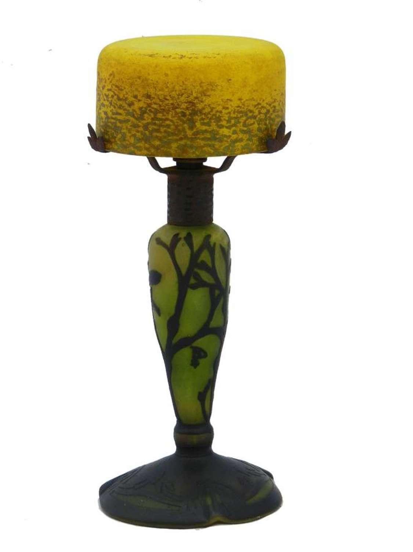 Art Nouveau Glass Lamp Epoque Ecole de Nancy Cameo