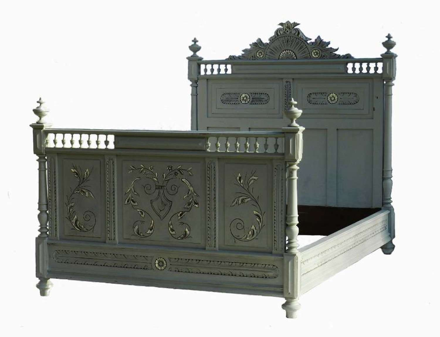 C19 French Double Bed + Base painted