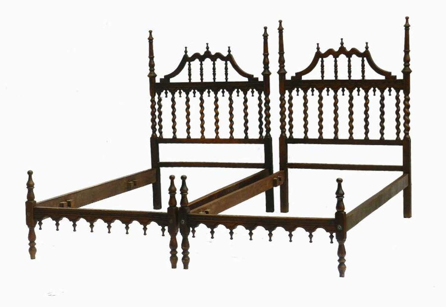 Pair of Twin Beds Portuguese Spanish Turned Wood Beds