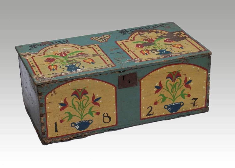 Decorative C19 Pine Box Coffer Bout de Lit Trunk painted