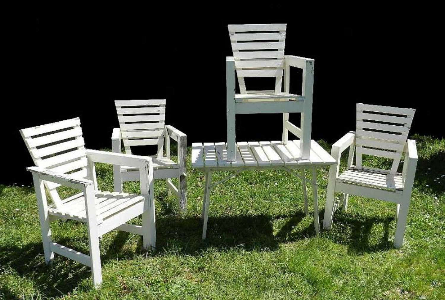 Unusual Set French Garden Table & Chairs 1930s painted wood