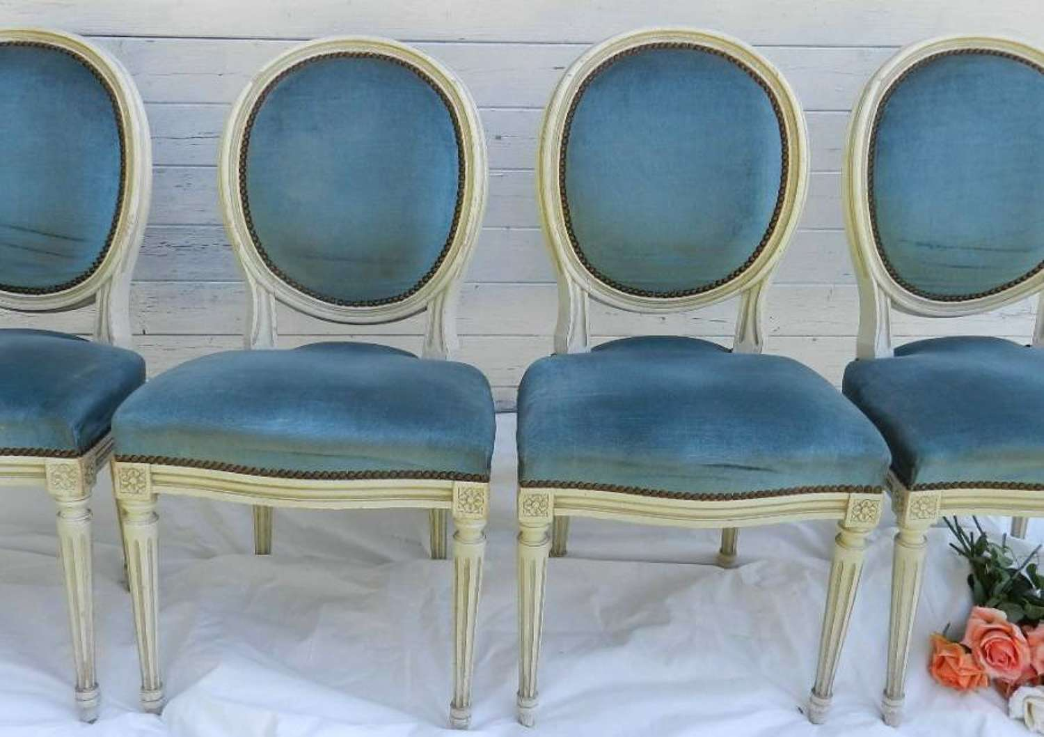 SET of 4 FRENCH VINTAGE LOUIS XVI revival MEDALLION BACK CHAIRS